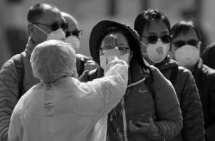 Se espera que a la humanidad en esta pandemia le vaya mucho mejor que en la de 1918, sencillamente porque estamos mejor preparados y tenemos más armas para combatirla. Foto: EFE.