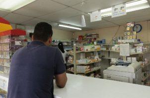 Los galenos deberán tener acceso a la historia clínica para poder prescribir los medicamentos. Foto: Archivo