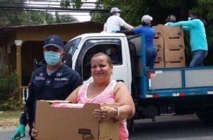 La donación de Mariano Rivera se realiza para ayudar a familias de Puerto Caimito durante esta crisis que ha generado la pandemia de COVID-19.