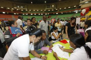 Jóvenes obtienen minoría de los nuevos empleos generados.