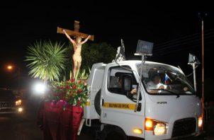 El Viernes Santo, el recorrido por las calles fue con la imagen del Cristo del Perdón. Foto: Thays Domínguez.