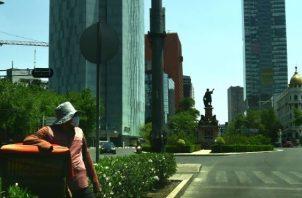México se contraerá este año un 6,6 %, tras la crisis sanitaria del coronavirus. EFE