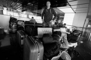La industria aérea es una de las más afectadas. Más de 12,000 vuelos se han cancelado y no volverán a reanudarse hasta que termine la pandemia. Foto: EFE