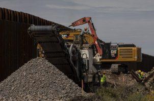 Trabajadores del muro podrían ser vectores. Foto / Adriana Zehbrauskas para The New York Times.