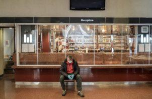 Los funcionarios italianos han propuesto permisos para que personas con anticuerpos contra el coronavirus salgan. Foto / Alessandro Grassani para The New York Times.