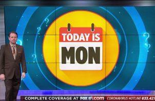 """""""El reloj interno de todo el mundo está desajustado"""", dice el conductor de noticiero Todd Meany. Foto / vía Todd Meany, Fox 8."""