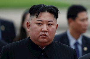 El primer medio en publicar algo así fue el diario digital Daily NK (basado en Seúl y con extensos contactos en el Norte), que informó de que Kim habría sido trasladado a Hyangsan (110 kilómetros al noreste de Pionyang) para operarse del corazón.