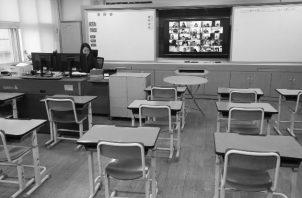 El desafío que hoy están planteando los organismos económicos, es la destrucción de las escuelas y del sistema educativo. Foto: EFE.