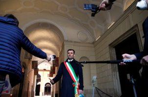 Antonio Decaro, alcalde de Bari, pidió al Gobierno italiano que dirigiera la respuesta al coronavirus. Foto / Alessandro Garofalo/Reuters.