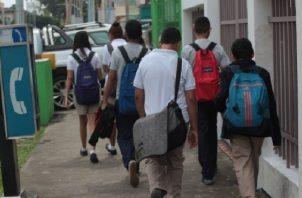 La Acodeco dijo que continúa ofreciendo orientación y asesoría a los padres de familia. Foto/Archivo