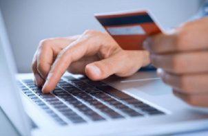 El Ministerio de Salud desarrolló una guía sanitaria para las ventas en línea de dichos comercios. Archivo