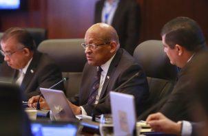 Héctor Alexander se refirió a la estrategia financiera para enfrentar el COVID-19.