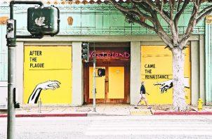 Un mural de Corie Mattie decora una sucursal cerrada de Wasteland, una tienda de ropa en Santa Mónica. Foto / Kendrick Brinson para The New York Times.