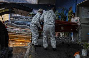 La Ciudad de México ha contado más del triple de muertes por coronavirus allí que el Gobierno federal. Foto / Daniel Berehulak para The New York Times.