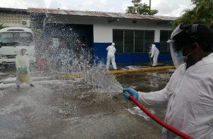 Las jornadas de sanitización  son constantes en el distrito de San Miguelito.
