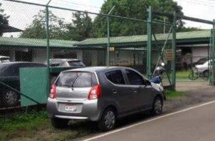Las autoridades buscan a los responsables del hurto en el centro de salud de San Cristóbal.