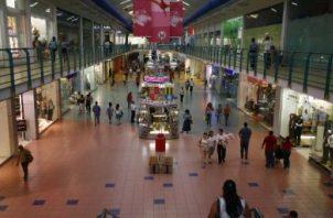 Los centros comerciales emplean a más de 40 mil trabajadores.