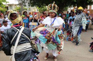 La simbología del baile congo tiene que ver con la procreación. Foto: Youtube