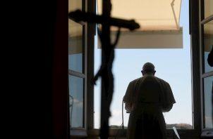 Desde mañana también reabrirán los Museos Vaticanos, que han permanecido tres meses cerrados, lo que ha supuesto importantes perdidas de las arcas del Estado vaticano donde el museo es su principal ingreso.