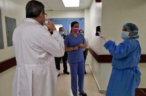 Los galenos expresaron algunas inquietudes a la ministra de Salud Rosario Turner.