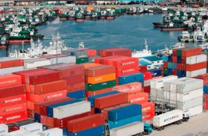 Corea del Sur ya vio retroceder sus envíos al exterior un 1.4% en marzo y un 25.1% en abril. EFE