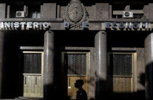 El país afronta una nueva etapa en las negociaciones entre el Gobierno del peronista Alberto Fernández y sus acreedores. EFE