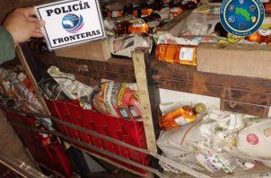 La mercancía fue remitida a un almacén de la Dirección de Aduanas de este país, donde todo apunta que la mercancía decomisada salió de territorio panameño tratando de evadir la vigilancia de ambos países.