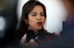 La ministra ecuatoriana de Gobierno, María Paula Romo, en conferencia de prensa precisó que en medio de los allanamientos que se hacen en el país por temas de corrupción durante la pandemia del COVID-19, cayeron estos dos ciudadanos israelíes. FOTO/EFE