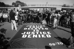 """George Floyd murió el pasado 25 de mayo tras ser víctima deabuso policial. La autopsia reveló que su muerte fue por """"asfixia debido a una presión sostenida"""". Foto: EFE."""
