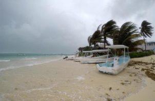 Una temporada normal tiene 12 tormentas con nombre, de las cuales 6 se convierten en huracanes, incluidos 3 de categoría mayor, es decir 3, 4 o 5 (la máxima) en la escala de Saffir-Simpson. FOTO/EFE