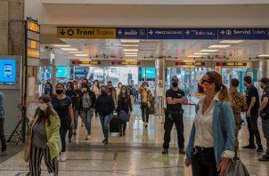 Actualmente hay 35.262 pacientes con coronavirus en Italia, de los que solo 287 se encuentran ingresados en unidades de cuidados intensivos, seis menos que el sábado.