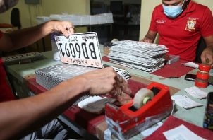 Municipio de Panamá ajusta horario de entrega de placas. Foto: Cortesía