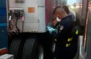 Según explicaron los transportistas las multas aplicadas fueron por supuestamente haber incumplido las medidas sanitarias impuestas por este país a los camioneros extranjeros, que llegan a sus recintos fiscales o hacen tránsito para el Centro y Norte América.