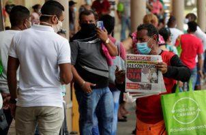 La medida no va ayudar si la población no sigue los lineamientos de salud. Foto: EFE