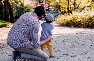 La mayoría de las personas coinciden en que comprar un regalo no es prioridad, sino pasar el día en familia. Foto: Pixabay