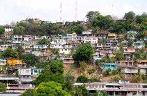 En San Miguelito por su geografía es difícil colocar un cerco sanitario porque convergen muchas veredas.