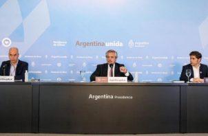 Está claro que la Argentina quiere encontrar un acuerdo con los acreedores, dijo el presidente argentino Alberto Fernández.  EFE