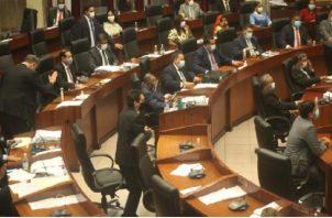 La mayoría de los diputados expresó porque se habían hecho los cambios y porqué es importante la aprobación del proyecto de ley 287. Víctor Arosemena