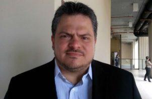 Representante de San Francisco, Carlos Pérez Herrera.