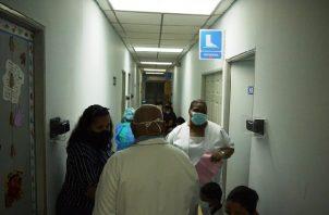 Si el niño está resfriado acuda a su policlínica o centro de salud más cercano.