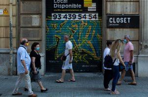 """La pandemia ha tenido un """"impacto más negativo de lo esperado sobre la economía mundial y que se prevé ahora una contracción del - 4.9%. EFE"""