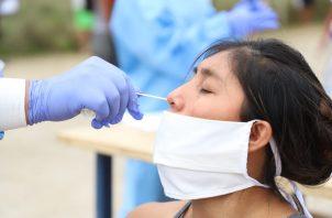 De las 226 pruebas realizadas en las comunidades de El Chorrillito y El Cristal, 98 resultaron positivos y 13 están pendientes de resultado.