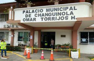El decreto manifiesta el cierre temporal del palacio Municipal de este distrito que debe reanudar labores el próximo 8 de julio del 2020.