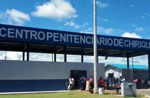 En este En este centro penal hay más de mil reclusos que conviven en diferentes pabellones. Foto: Josvé Vásquez.