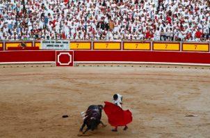 """El matador Andrés Roca Rey dijo que fans """"entienden que ver corridas de toros tiene que ver con acoger la cultura"""". Foto / Susana Vera/Reuters."""