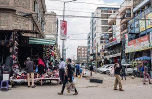 La clase media africana fue definida como familias que gastan entre 11 y 110 dólares per cápita al día.(Khadija Farah/The New York Times)