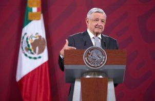 La mayoría de analistas privados estiman una caída del producto interno bruto de México de -7%. EFE