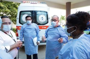 El director de la Caja de Seguro Social (CSS), Enrique Lau Cortés, hace un recorrido en las instalaciones del Hospital Irma de Lourdes Tzanetatos. Foto @CSSPanama