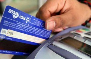 El pago de créditos representaron el 64 % del ingreso. EFE