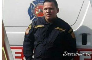 Danny Cedeño del Cuerpo de Bomberos fallece en un accidente automovilístico.
